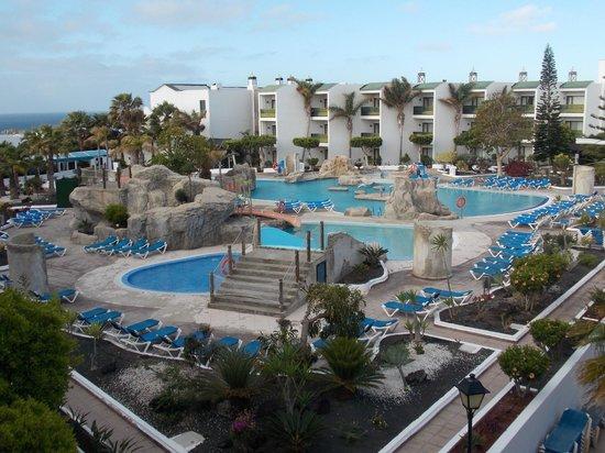 Diverhotel Lanzarote : Pool Area - Slides