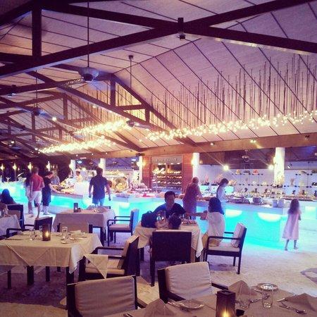 Lily Beach Resort & Spa : Ресторан