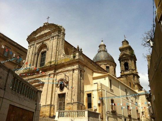 Staircase of Santa Maria del Monte: Caltagirone, il Duomo