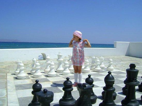 Knossos Beach Bungalows & Suites : партия