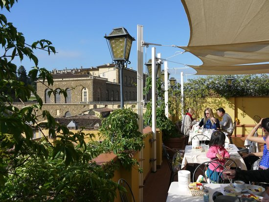 Uffizi Guesthouse Firenze: Breakfast terrace