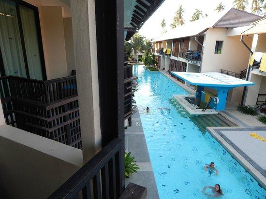 Centra Coconut Beach Resort Samui: Vue de la chambre