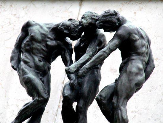 Musée Rodin : Statue dans le jardin