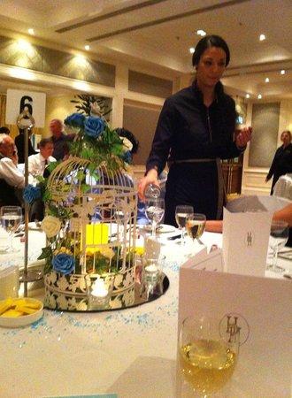 Bournemouth Highcliff Marriott Hotel: Dining