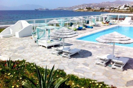 Mykonos Bay Hotel : beautifull pool