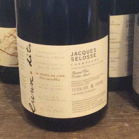Hôtel restaurant Les Avisés : Un champagne della degustazione
