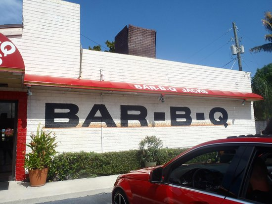 Jack's Bar-B-Q Smokehouse: Best Bar-B-Q!!