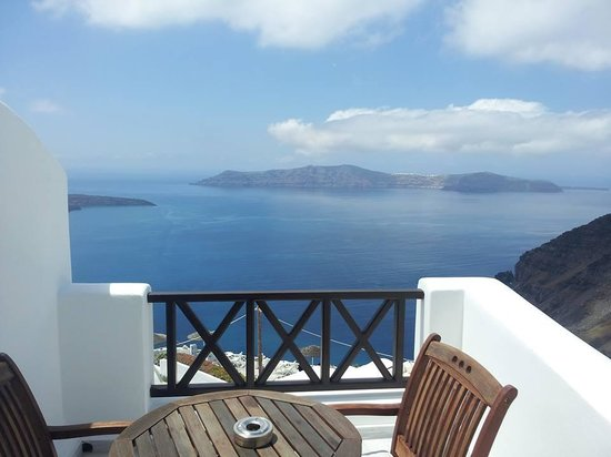 Mirabo Luxury Villas : Balcony
