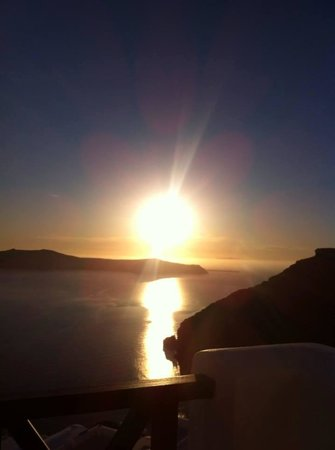 Mirabo Luxury Villas: View of the sunset from our private balcony