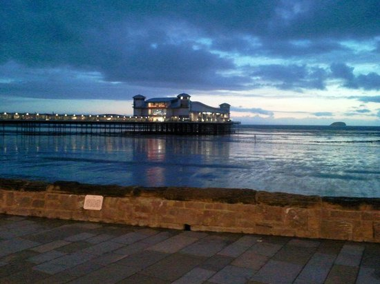 Grand Pier: Weston pier at night.