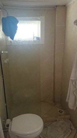 Pousada Tartaruga: Banheiro