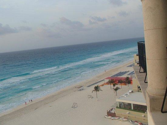 Grand Park Royal Cancun Caribe: Vista desde torre premium