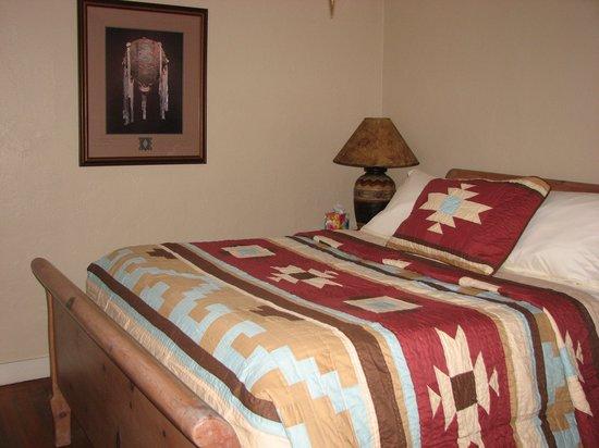 Cottonwood Hotel: John Wayne Suite #2