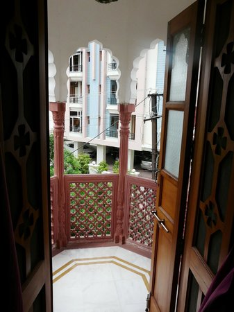 Pearl Palace Heritage - The Boutique Guesthouse: Balcony