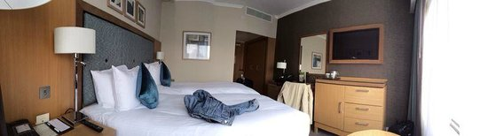 DoubleTree by Hilton Hotel London - Victoria: Room Type:TWIN GUEST ROOM 