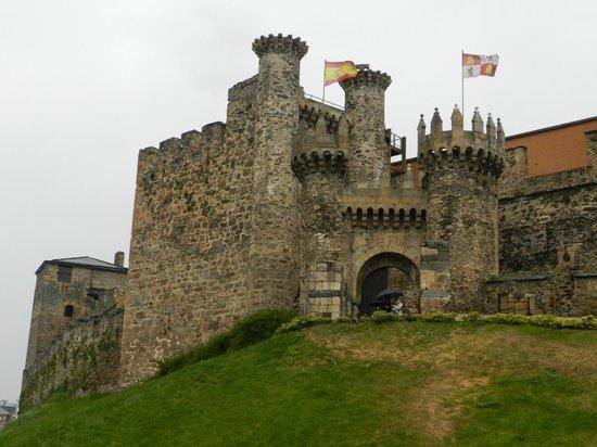 Castillo de los Templarios: Entrada al castillo