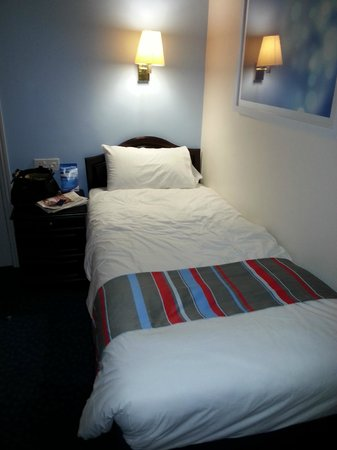 Travelodge Edinburgh Haymarket Hotel: Single room