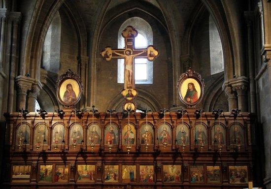 Eglise Saint Julien Le Pauvre: L'autel