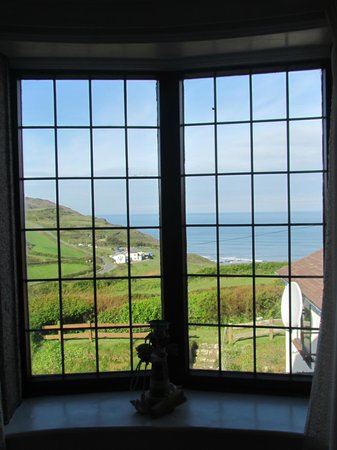 Widemouth Manor: Looking out to the coast from Room 2