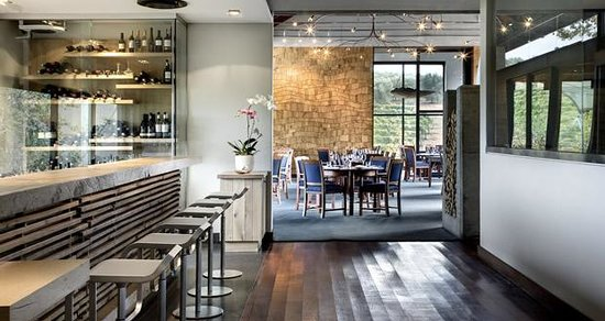 Tokara Restaurant : interior
