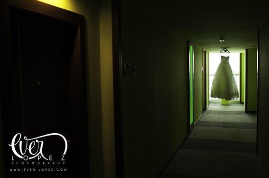 Hotel Riu Plaza Guadalajara: Pasillos del hotel Riu Guadalajara