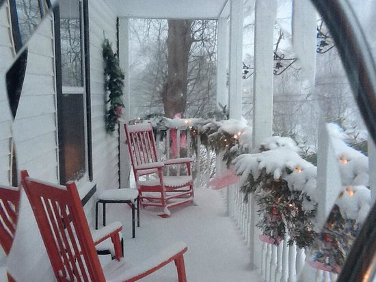 Pepperlane Manor: Front porch in the winter snow