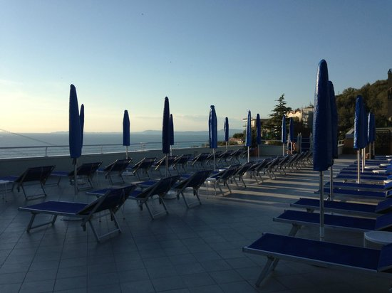 Best Western Hotel La Solara Sorrento: Sun terrace