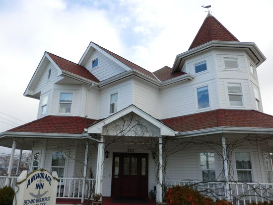 Anchorage Inn Bed and Breakfast: The Inn