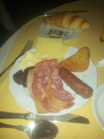 The Revere Hotel : petit dejeuner
