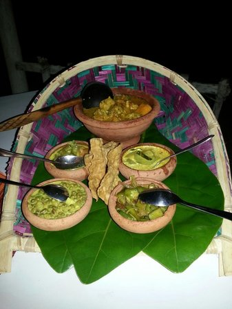 Awanhala Beach Restaurant : Mango Chicken Curry
