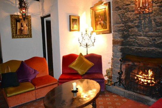 The Revere Hotel: Deuxième salon d'attente