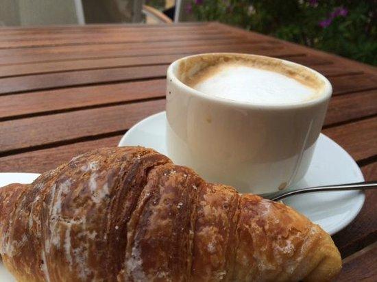 Albergo Cesari : Breakfast was wonderful