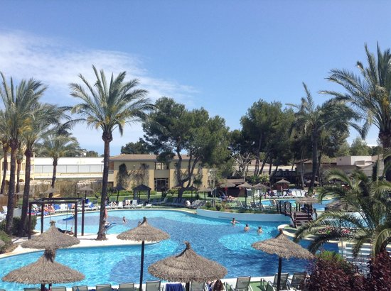 Prinsotel La Dorada: Vue sur la piscine !