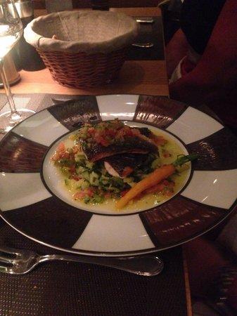 L'Affable : Sea bream part of set menu for €44! Yum