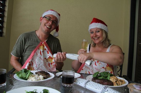 Meridian Port Douglas: Cooking on the BBQ on Christmas Day