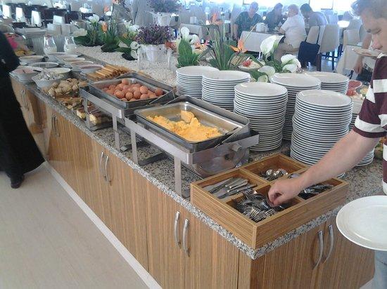 Hotel Hamidiye: breakfast side one