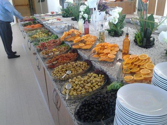 Hotel Hamidiye: breakfast side two