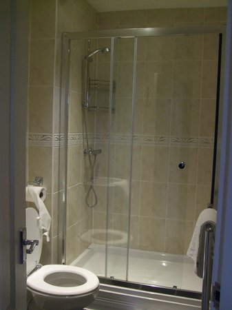 Eastbourne Guest House : power shower