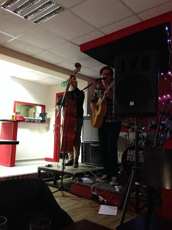 Andrew Ferris & The Fallen Men Live at Grumpy Whiskers 2