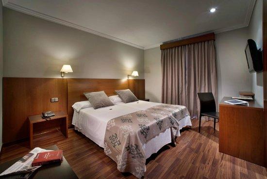 Hotel Ronda Figueres: Habitación estandard