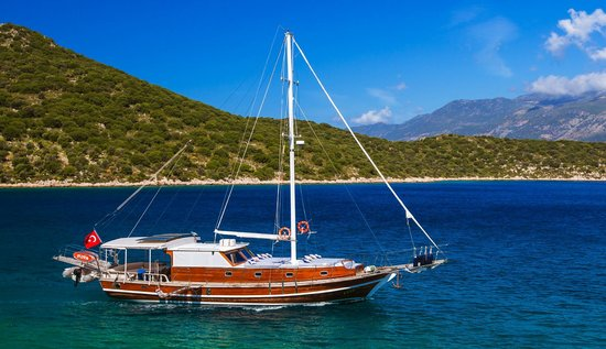 Boat Trips by Captain Ergun : General view of the boat