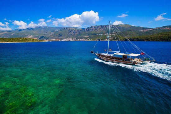 Boat Trips by Captain Ergun : Cruising along the Turkish Mediterranean Coast