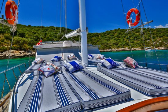 Boat Trips by Captain Ergun : Lots of space for sunbathing
