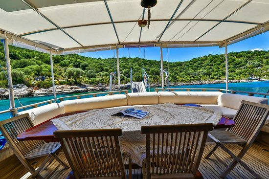 Boat Trips by Captain Ergun : Seating area