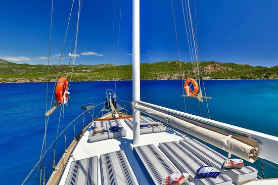 Boat Trips by Captain Ergun : Front Deck