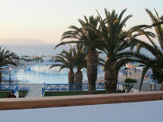 Mitsis Rinela Beach Resort & Spa: piscine