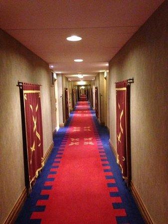 Vienna House Dream Castle Paris : коридор 2 этаж