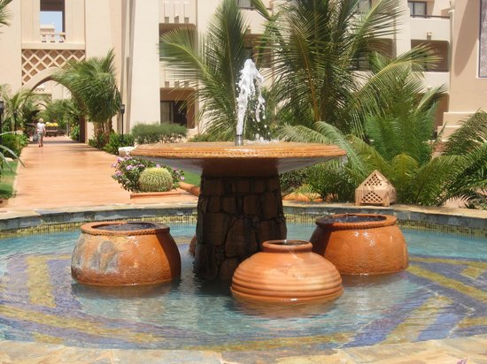 Hotel Riu Touareg : Hotel Grounds