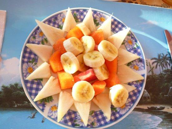 Casa Mayra y Pipi: salade de fruits du matin