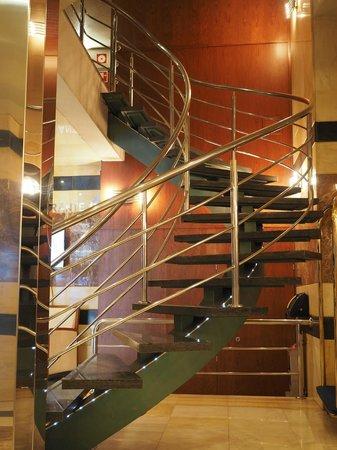 Hotel MS Maestranza: Hotel lobby
